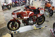 Inazuma café racer: Super Pantah by RAD Ducati 900ss, Ducati Supersport, Ducati Motorcycles, Custom Motorcycles, Classic Italian, Vintage Racing, Motorbikes, Cool Cars, Dream Garage