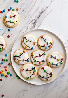 Easy Christmas Cookies Decorating, Best Christmas Desserts, Christmas Party Food, Christmas Sugar Cookies, Christmas Cooking, Holiday Cookies, Holiday Treats, Christmas Treats, Holiday Recipes