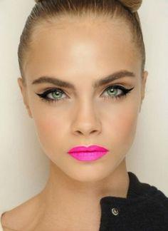 Fluo pink lipstick