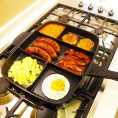 Patelnia z pięcioma przegrodami od Master Pan Cool Kitchen Gadgets, Kitchen Tools, Cool Kitchens, Kitchen Pans, Cooking Dishes, Cooking Pork, Cool Inventions, Cuisines Design, C'est Bon