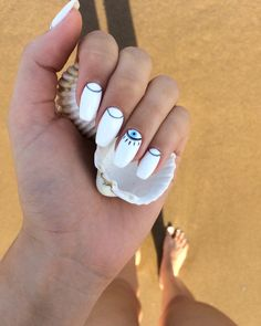 🐚🐚🐚🐚 #summer #nails #fashion #white #boho