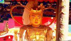 Road to the temple -萬佛寺  Hong Kong: Ten Thousand Buddhas Monastery