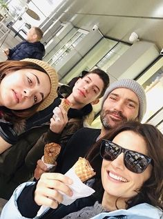 free time was rare while filming. but when it came, we lapped it up with alacrity, 🍦From long trips around the globe, to quick, local icecream runs. 's team definitely made the most of every day off 🍦🍨 - IG April 2020 Castle Tv, Ski Fashion, Fashion Games, Greys Anatomy Cast, Canadian Actresses, Lunar Chronicles, Thomas Brodie Sangster, Stana Katic, Cote De Pablo