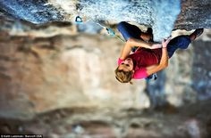 www.boulderingonline.pl Rock climbing and bouldering pictures and news Sasha DiGiulian - cr