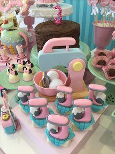 ❥ Baking Party | Edible Stan's Mixer Treats