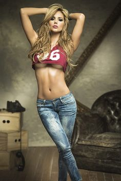 Only the super hot girls Sexy Jeans, Jean Sexy, Sexy Women, Femmes Les Plus Sexy, Mein Style, Sexy Girl, Sensual, Country Girls, Moda Masculina