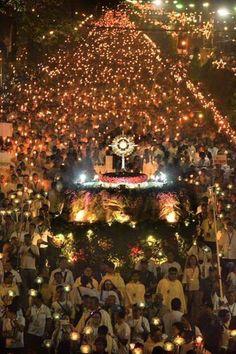 2 Million Participate in Massive Eucharistic Procession in the Philippines | ChurchPOP