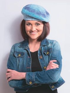 Crochet pattern for this cute beret - click on the picture Berets, Knit Crochet, Crochet Patterns, Kit, Knitting, Beanies, Crocheting, Model, Fashion