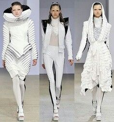 From Chanel To Juicy Couture, These Fashion Tips Are Priceless *** Find out more at the image link. Space Fashion, Fashion Mode, Runway Fashion, Fashion Show, Fashion Outfits, Fashion Design, Fashion Tips, Fashion Clothes, High Fashion