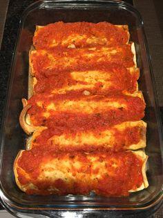 Canelones de verdura para 6: masa de panqueque hecha con tortilla de jamon y relleno de espinaca cebolla y champignon