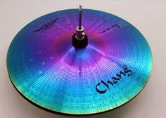 CHANG rainbow colors reflect off this lovely cymbal - Resultado de imagen para cooper cymbal