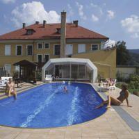 Penzion U Hlaváčů Beste Hotels, Outdoor Decor, Home Decor, Decoration Home, Room Decor, Interior Design, Home Interiors, Interior Decorating