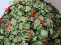 Relish de Pepinos – para acompanhar os seus hamburgers e hot-dogs! Menu Dieta, Pasta, Hot Dogs, Carne, Pickles, Cucumber, Sushi, Cabbage, Salads