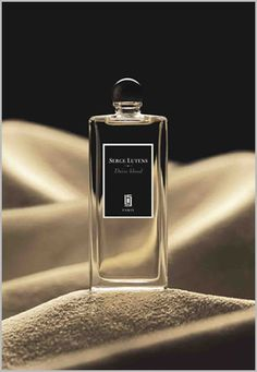 Serge Lutens Daim Blond. Light suede scent. I like it but still prefer Tom Ford's Tuscan Leather