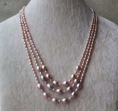Lavender Pearl Freshwater Pearl by goodgoodjewelry Unique Jewelry, Handmade Jewelry, Jewelry Design, Women Jewelry, Necklace Guide, Long Pearl Necklaces, Pearl Design, Beaded Jewelry Patterns, Necklace Designs