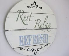Great tutorial on how to make letters on a wood sign. Love this one for the patio.