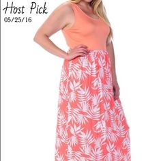 "Tropical Maxi | Plus Size 🌴Bundle and save even more🌴🇺🇸Made in the USA. Bellino brand fits true to size. Sizing chart is accurate. This dress is AMAZING! I wear a size 16 and the 1X fits me beautifully! This flattering, soft, lightweight dress is a summer ""must have""! Length from shoulder to hem approx 52"" (on all sizes). 95% rayon/5% spandex. ✅Smoke/Pet Free Home 📬Fast Shipping ❌Trades❌Holds Bellino Clothing Dresses Maxi"