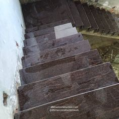 The New Staircase design. Marble work on stairs with granite marble New Staircase, Staircase Design, Modern Main Gate Designs, Marble Pillar, Pillar Design, Simple House Design, House Map, White Granite, House Elevation