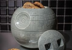 No Star Wars themed kitchen (or house, for that matter) is complete without this glazed-ceremic Death Star cookie jar, now available at Firebox. View the post: http://ornge.me/17JG7m3