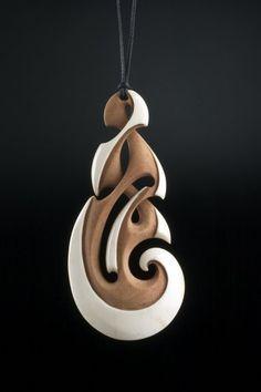 Path of Life Pendant by Kerry Kapua Thompson, Māori artist (KT40604)
