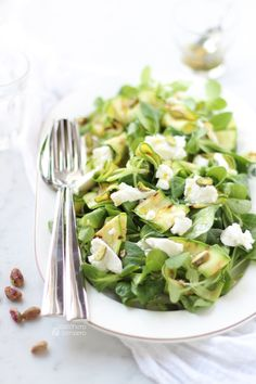 Zucchini and ricotta salad. Click to read the recipe or save this pin for later!