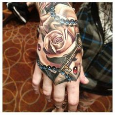 Looking for the best hand tattoos for men? hand tattoo designs are sometimes personal information that symbolizes the family. However, many cool men's tattoo techniques are also stimulating or inspiring. Full Hand Tattoo, Small Hand Tattoos, Hand Tats, Hand Tattoos For Guys, Tattoos For Women, Tattoo Girls, Tattoo Designs For Girls, Tattoo Designs Men, Knuckle Tattoos