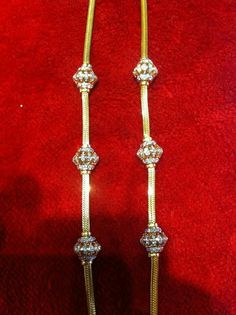 Gold Chain Design, Gold Jewellery Design, Diamond Jewellery, Jewellery Box, Gold Mangalsutra Designs, Gold Earrings Designs, Vaddanam Designs, Gold Jewelry Simple, Simple Necklace