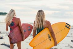 Felicity Palmateer and Laura Enever in Billabong Women's Browse Capsule Felicity Palmateer, World Wallpaper, Surfing Pictures, Sup Surf, Canvas Painting Landscape, Modern Pictures, Billabong Women, Tide Pools, Sunset Landscape