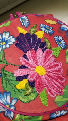 with punc needle Embroidery Stitches Tutorial, Vintage Embroidery, Embroidery Applique, Cross Stitch Embroidery, Embroidery Patterns, Stitch Patterns, Colchas Quilting, Brazilian Embroidery, Sewing Leather