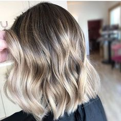 Dimension. Color by @brushedtoblonde  #hair #hairenvy #hairstyles #haircolor #bronde #balayage #highlights #newandnow #inspiration #maneinterest