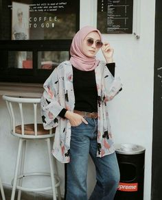Thick leg, short stature, wide hips … It's not that hard to look elegant w… – Hijab Fashion 2020 Modern Hijab Fashion, Street Hijab Fashion, Hijab Fashion Inspiration, Muslim Fashion, Mode Inspiration, Fashion Outfits, Hijab Fashion Style, Women's Fashion, Fashion Trends
