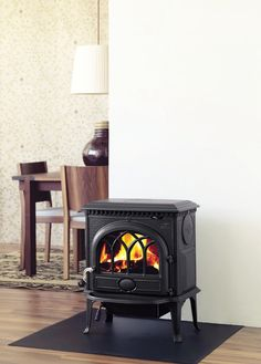 The Jotul F 3 CB is the most cost-effective heating solution in the world. This best-selling small cast iron wood stove features a low venting height, an optional short leg kit, and open door fire viewing. The F3 CB is also an ideal hearth stove.