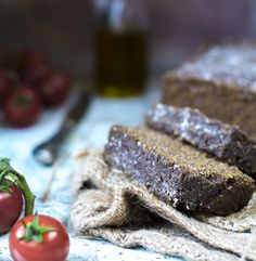 Szybki w przygotowaniu Chleb bezglutenowy (bez drożdży, paleo, keto) nadaje się na tosty do tego jest pyszny. Blog z przepisami bezglutenowymi. Blog paleo.