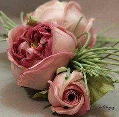 Lovelylin Flowers~