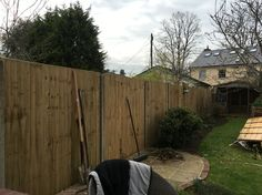 Feather edge panel fencing