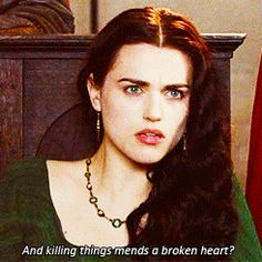 Arthur & Morgana parallels (gif set) This is really sad. x( 1x07 + 4x13.