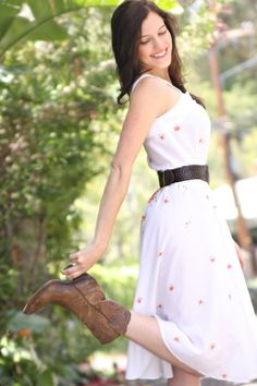 sun dress with boots | Sun dress and boots