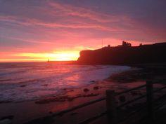 King Edwards bay beach tynemouth 7.30 am 9 th December 2014 www.tynemouthwebcam.com #sunrise #redsky