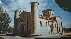 Iglesia de S. Martín, en Frómista. Provincia de Palencia, Castilla y León, España. Situada en pleno Camino de Santiago. Joya del arte románico.