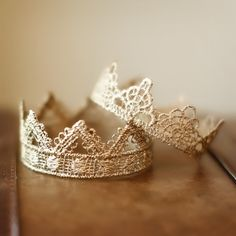 "Image of Set of TWO Crowns ""DARLING"" & ""BELLA"""