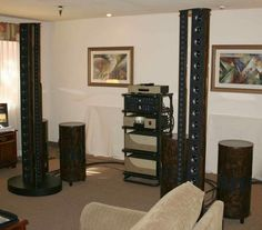 Nearfieldacoustics PipeDreams Tribal Drummer™ subwoofers and PipeDreams loudspeakers driven by Conrad Johnson electronics.