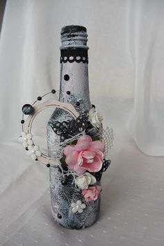 Crafting4fun: Altered bottle black and pink