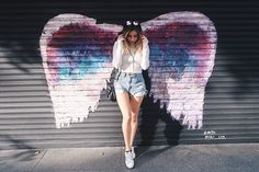 Insta Walls in LA un jour je serais un ange . Artsy Photos, Cute Photos, Cute Pictures, Cool Instagram Pictures, Muro Instagram, Instagram Posts, Insta Instagram, Insta Photo Ideas, Insta Pic