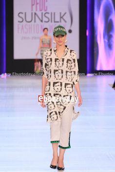 Imran Khan kurtas!!