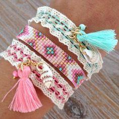 bracelets with beads Lace Bracelet, Bead Loom Bracelets, Jewelry Bracelets, Embroidery Bracelets, Hand Embroidery, Embroidery Designs, Jewelery, Diy Jewelry, Beaded Jewelry