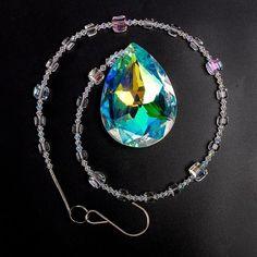 Crystal Suncatcher Hanging Pendant Crystal Ball, Clear Crystal, Quartz Crystal, Hanging Pendants, Healing Stones, Suncatchers, Handmade Crafts, Feng Shui, Turquoise Necklace