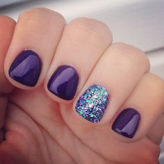 Peacock inspired nails #nailart #purple #glitter #peacock