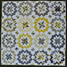 Star Surround Quilt | Life in the Dog House