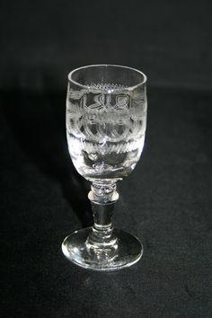 Verre à liqueur à pied en cristal gravé fr.picclick.com