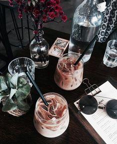 Home Brewed Cappuccino In 3 Easy Steps – Espresso Shots Coffee Date, Coffee Break, Iced Coffee, Coffee Drinks, Morning Coffee, Coffee Shop, Starbucks Coffee, Think Food, Love Food